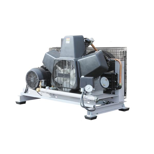 Bezeļļas kompresors 10Bar,  1120/900l/min